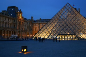 louvre-night-1545827